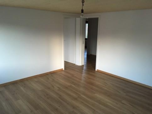 Neu renovierte und zentral gelegene Wohnung
