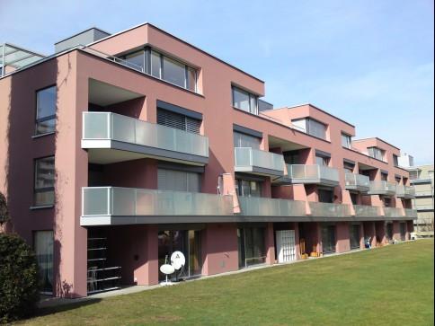Neu renovierte Wohnung an sonniger Lage
