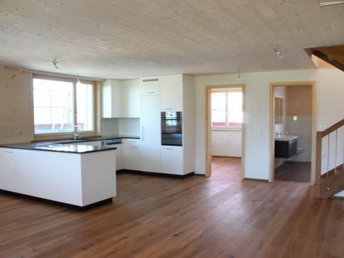 Neubau 2 Familienhaus - Erstbezug 4.5-Zimmer-Wohnung
