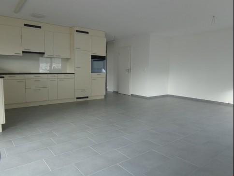 Neue 4.5 Zimmer Wohnung in Zeihen - im 2.OG, modern