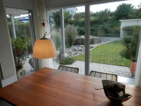 Neuwertige 108 m2 mit Gartenparadies + 2 Tiefgaragenplätzen