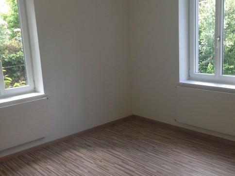 Renovierte 4-Zimmerwohnung zu vermieten an ruhiger Lage