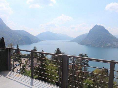 Residenza alto standing con incantevole vista lago