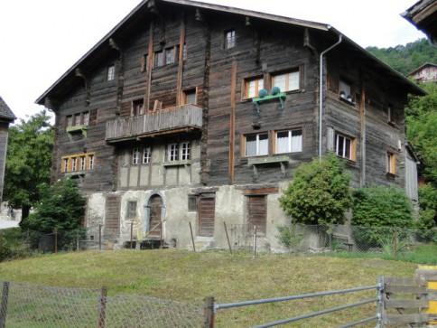 Rustikales Wohnflair in einer Wohnung von 1779 Jh. im Safrandorf Mund