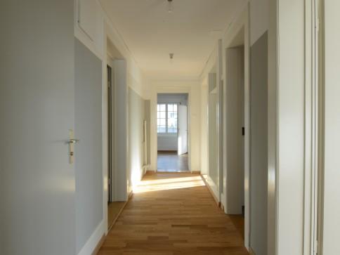 Sanierte 3.5-Zimmer-Altbauwohnung mit viel Charme und grosser Terrasse