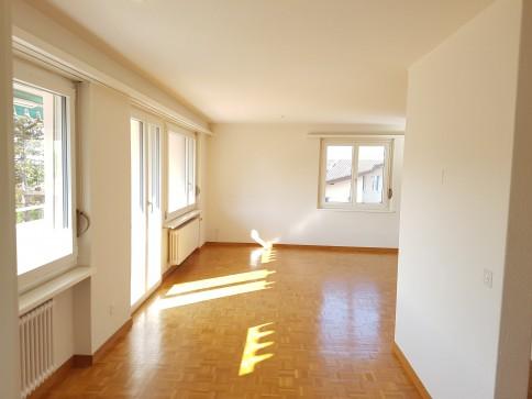 Schöne 41/2-Zimmerwohnung an sehr ruhiger Wohnlage