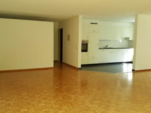 Schöne 5.5-Zimmerwohnung im Grünen
