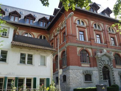 Schöne, helle 3 1/2 Zi. Wohnung im Zentrum von Zürich