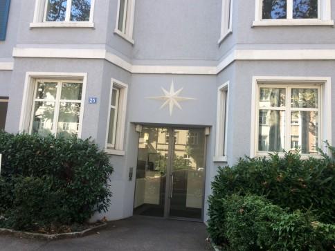 Schöne modernisierte Altbauwohnung zu vermieten