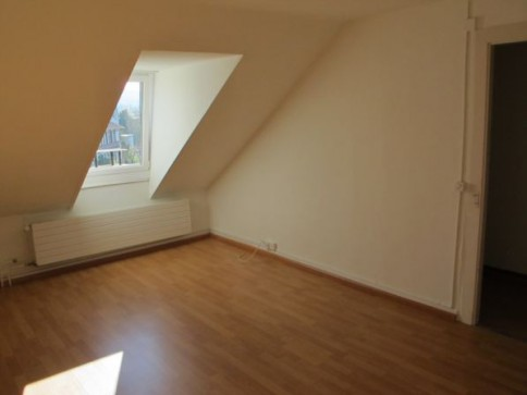 Schöne Wohnung im Dachgeschoss