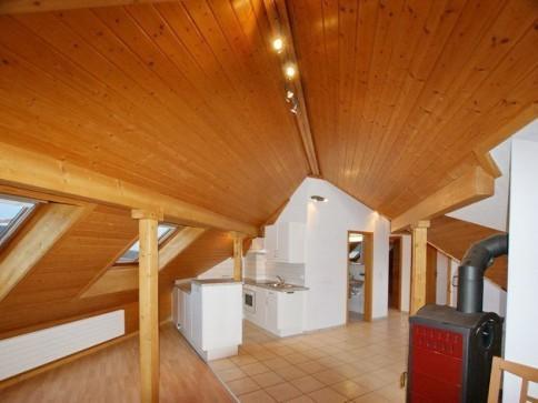 sehr ruhige 3.5-Zimmer-Dachwohnung