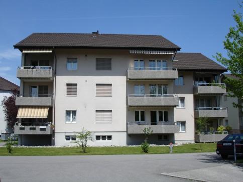 Sehr zentrale und preiswerte 4.5-Zimmer-Wohnung