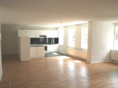 Sommeraktion 1 Gratismiete für luxuriöse, 102m2 grosse Wohnung!