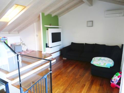 Splendido attico duplex con vista mozzafiato a Montagnola