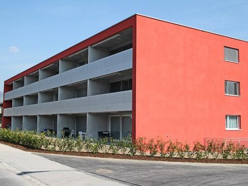 Top 3.5 Zi. Wohnung (13) mit grossem Balkon