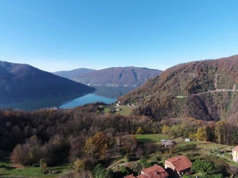 Toplage im Südtessin: Baulandparzelle mit See Sicht