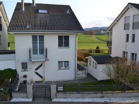 Traumhaftes Einfamilienhaus mit Fernsicht auf Säntis und viel Sonne