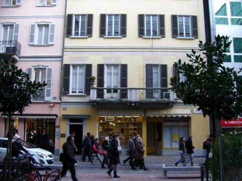 Ufficio nuovo in via Peri a Lugano