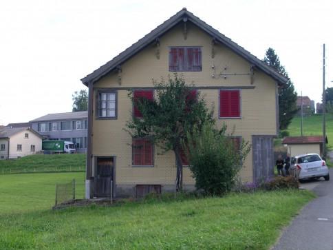 Wohnhaus an ruhiger Lage