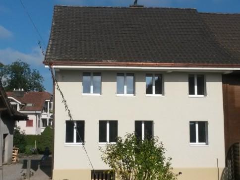 Wohnhaus mit Werkstatt