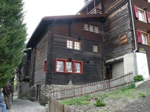 Wohnung in Walliserhaus