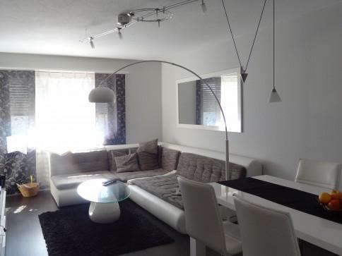 Wunderschöne helle 3.5 Zimmerwohnung mit neuer Küche zu vermieten