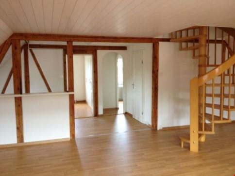 3.5-Z'Wohnung mit Galerie mit ausgebautem Dachstockzimmer