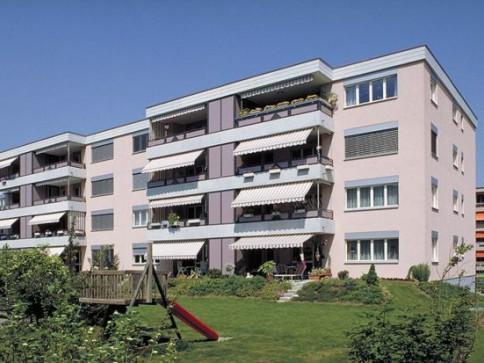 4 1/2-Zimmerwohnung mit grossem Balkon