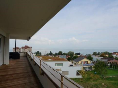 4.5 Zimmer-Neubau-Wohnung mit traumhafter Seesicht