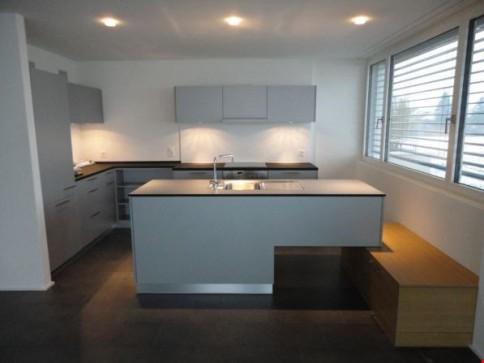 4,5 Zimmer-Wohnung/1.OG mit Terrasse