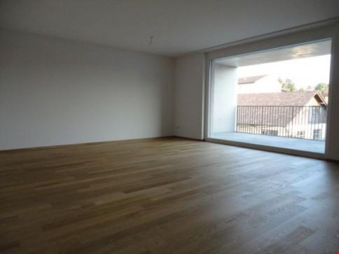 4.5 Zimmer-Wohnung/2.OG mit 24m2 Balkon