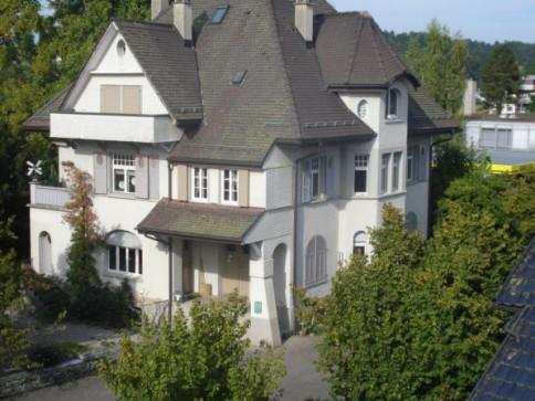 5 1/2 Zimmer in der Bel Etage einer Villa in Aarwangen
