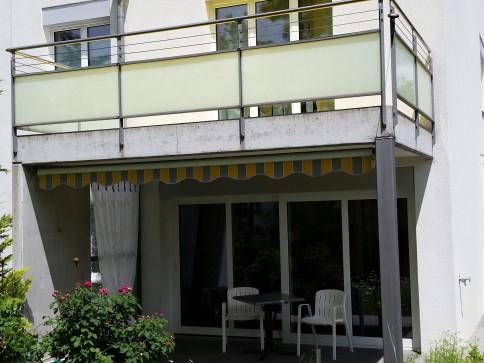 5,5-Zimmer-Doppelhaushälfte mit verglastem Erker