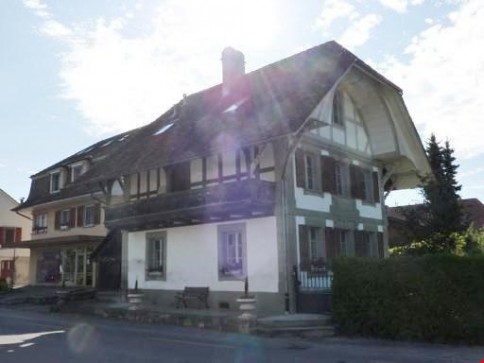"5-Zimmer Einfamilienhaus (grosses ""Stöckli"")"