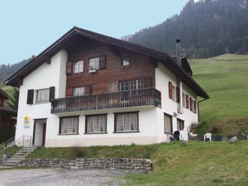 6.5-Zi.-Wohnung und Bergrestaurant mitten in der Natur