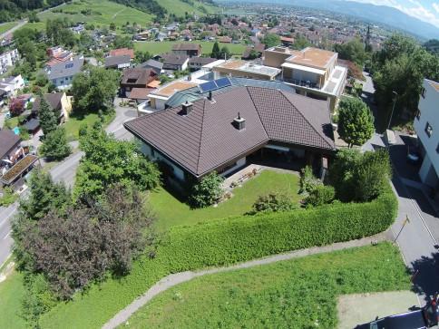 7.5 Zimmer-EFH an erhöhter Lage mit Baulandreserve