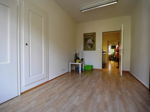 Atelier-/Büro-/Praxisräume direkt beim Bärenplatz