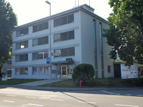 Büroräume zu Vermieten - Gewerbehaus Ruwiro