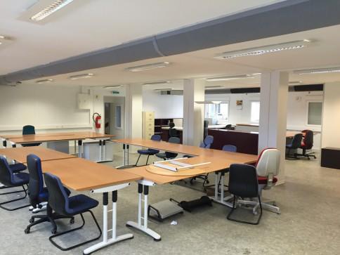 Bureaux, locaux de 180 m2 à louer à Bussigny