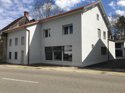 Courrendlin - dans immeuble refait à neuf - appartement de 4,5 pces