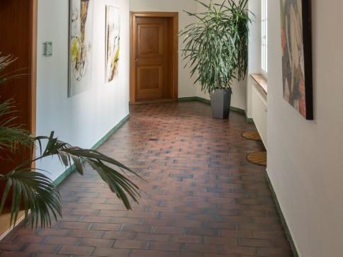 Exklusive Büro-/Praxisräume im EG