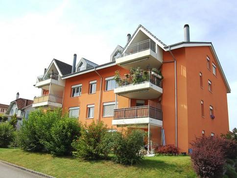 Frisch renovierte Eigentumswohnung - rollstuhlgängig