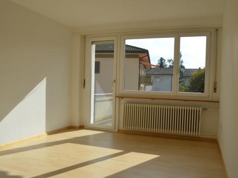 Gemütliche 2.5-Zimmerwohnung, an ruhiger Wohnlage