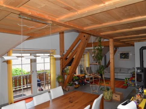 geräumige moderne 5 Zimmer Dachwohnung mit Galerie