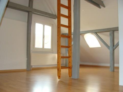Grosse, schöne 6.5 Zimmer Maisonette-Wohnung