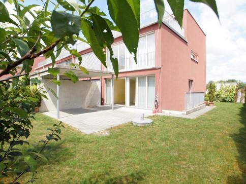 Grossz. 6.5 Zi Eckhaus, sonnig & ruhig, direkter Zugang zur Einstellh.