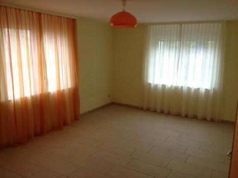 Grosszügige, helle 2 1/2 Zimmer-Wohnung 92 m2