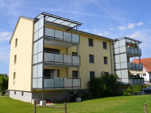 grosszügige moderne 3.5-Zimmer-Wohnung mit grossem Balkon