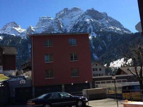 grosszügige schöne Wohnung in idyllischer Bergwelt