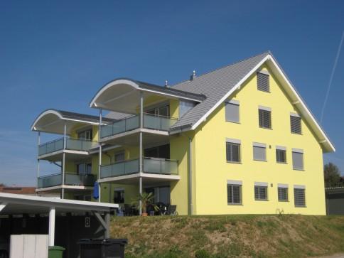 Grosszügige Wohnung mit Blick ins Grüne